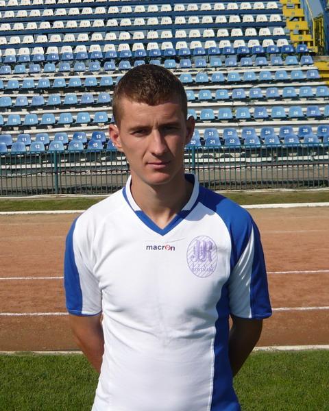 DOLCESCU Bogdan Daniel - Fundaş central