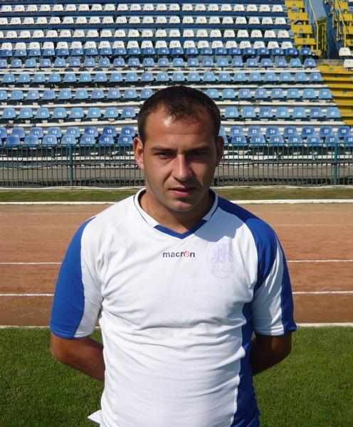 CÂRCIUMARU Constantin Adrian - Fundaş central